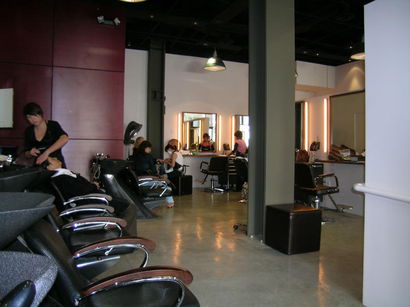 Rodeo Drive Salon Gets a Chic Modern Style